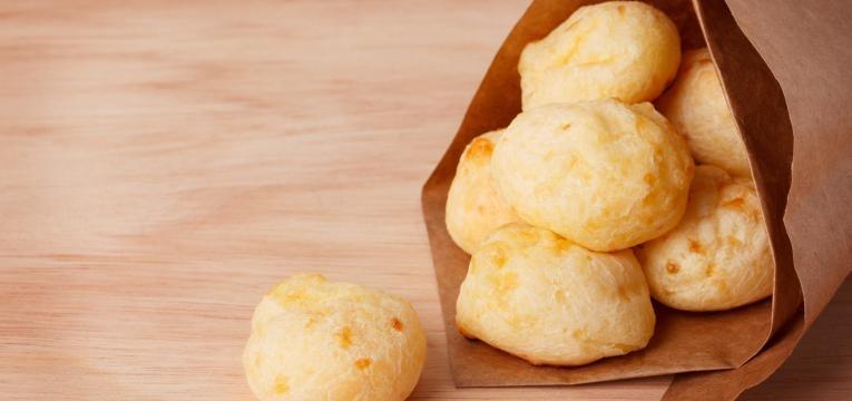 Pao de queijo rapido e facil