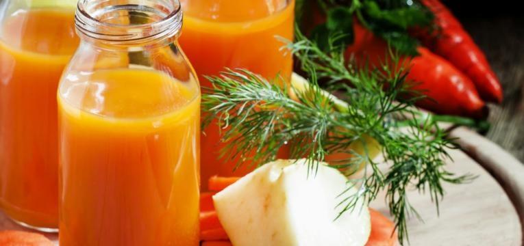 Smoothie de cenoura e maca