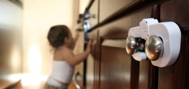evitar tragedias em casa com os seus filhos 9 meses