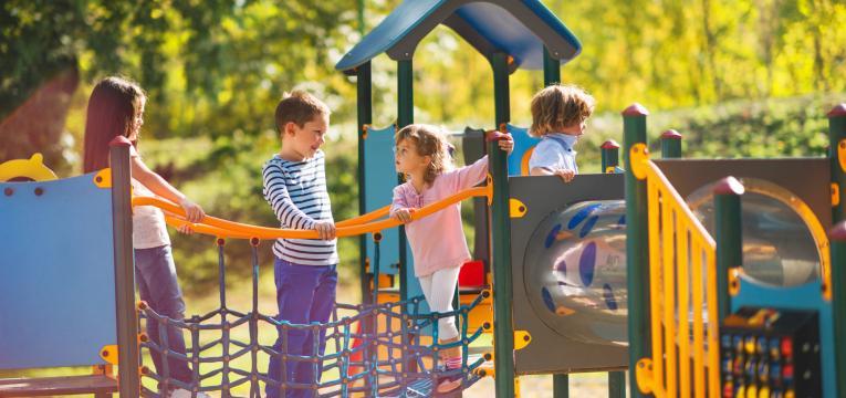 parques infantis e atividades para fazer com criancas nas ferias