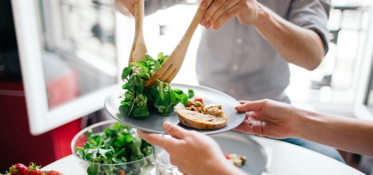 comer em pequenas porções e conseguir perder peso