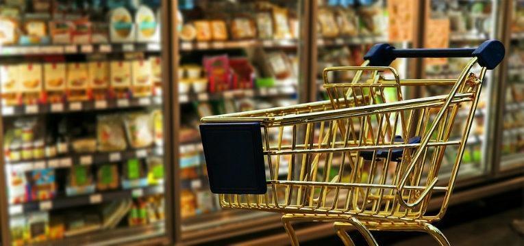 planear as suas refeicoes semanais e ir as compras