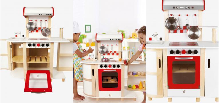 cozinha grande em madeira