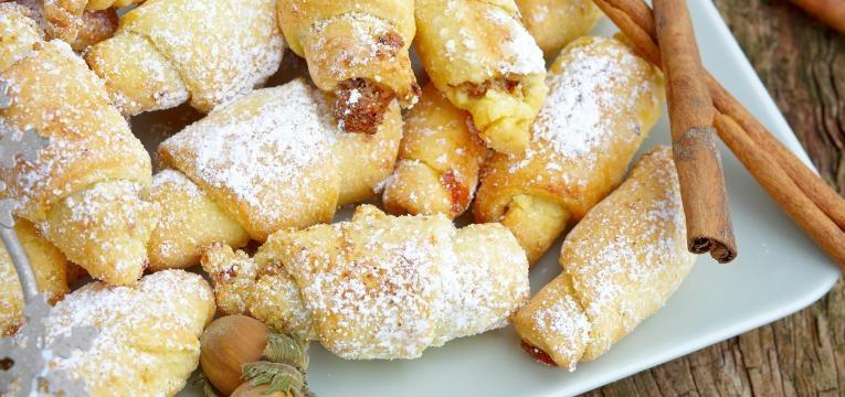 Croissants com maca e canela