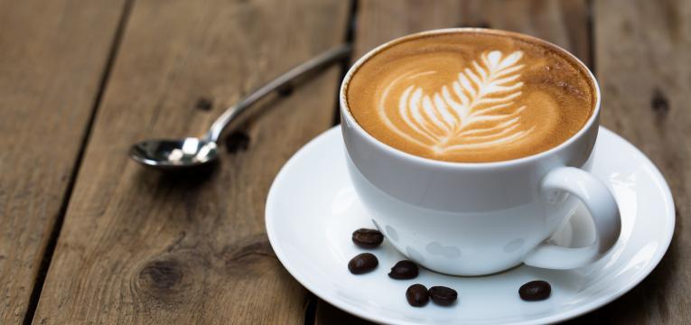 capuccino tradicional em receitas de cafés