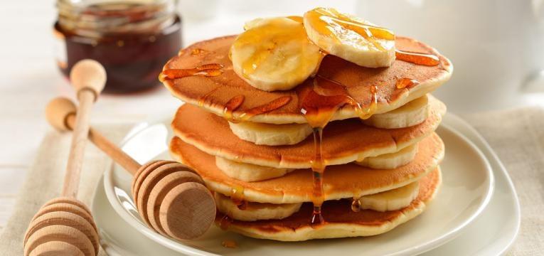 Panquecas de banana e mel