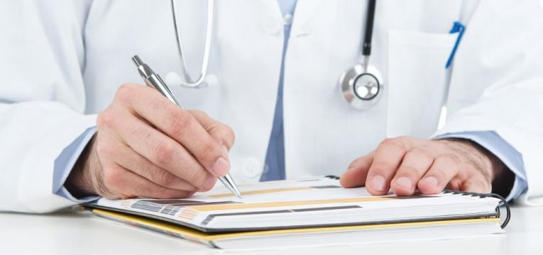 antibioticos na gravidez e prescricao medica de antibioticos