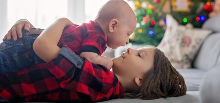 Preparar a crianca para a chegada de um irmao e irmaos juntos