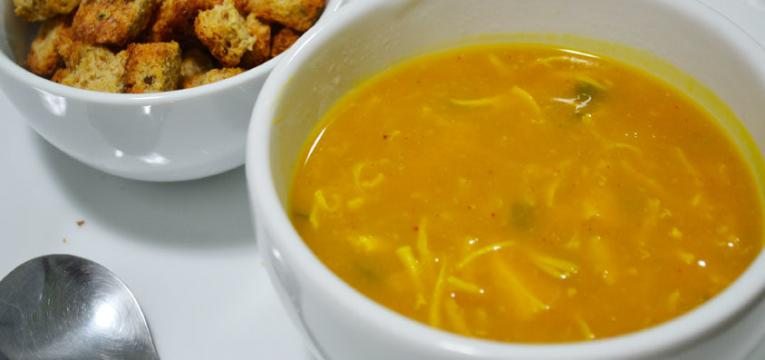 sopa de abobora com frango