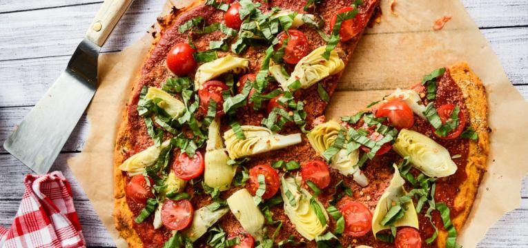 pizza vegan com base de batata doce