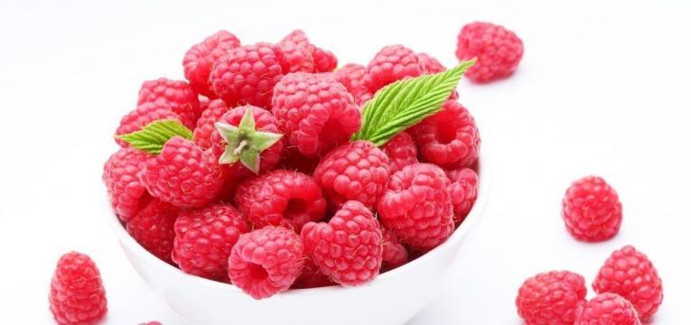 frutas que ajudam na digestao e framboesas