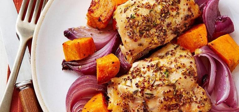 frango com batata-doce e tomilho