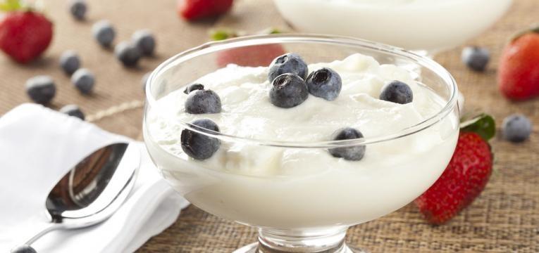 iogurte skyr com mirtilos