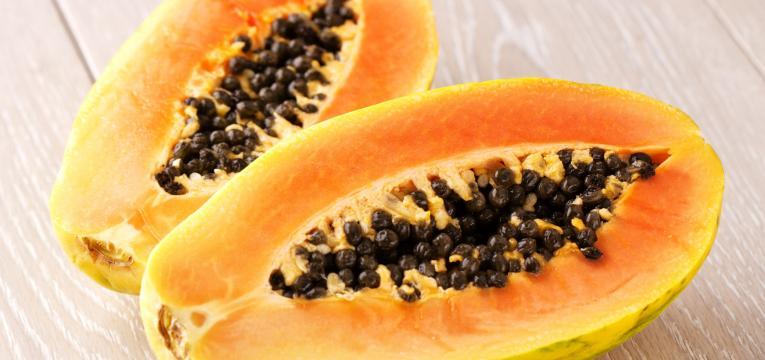frutas que ajudam a melhorar a digestao e papaia