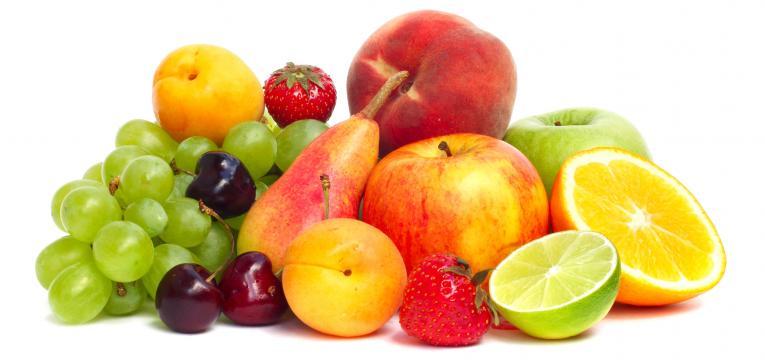 peça de fruta e lanches saudáveis para crianças