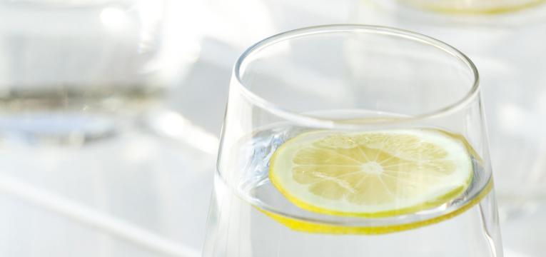 beneficios do consumo de agua