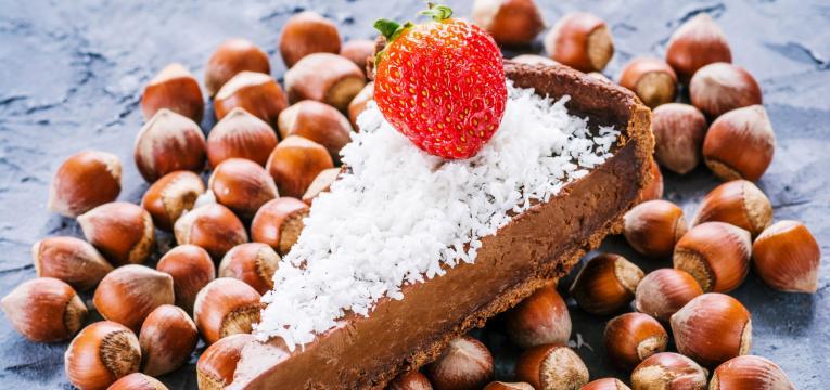 Tarte de chocolate com avelas