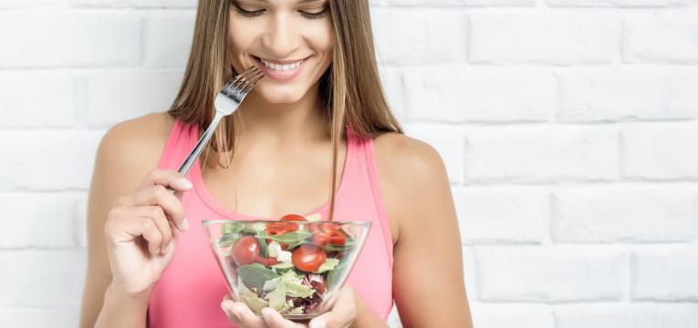 comer devagar e inchaco abdominal