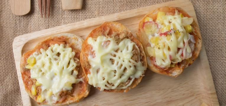mini pizza de pao