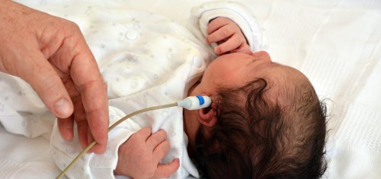 saber se o bebe ouve bem e rastreio de audicao ao recem nascido