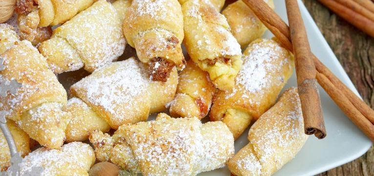 produtos de pastelaria ao pequeno almoco
