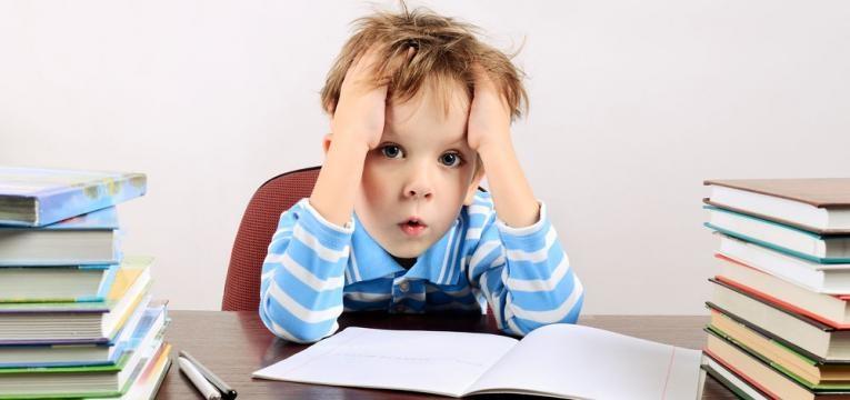 filho tem mas notas e crianca sem paciencia para estudar