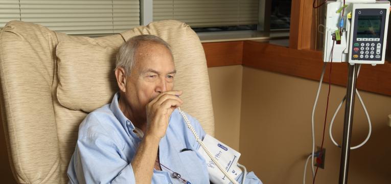 transplante de medula em idosos