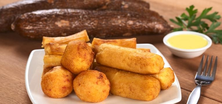 Mandioca frita panada
