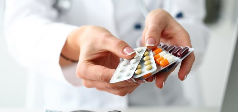 medicacao para o tratamento da doenca