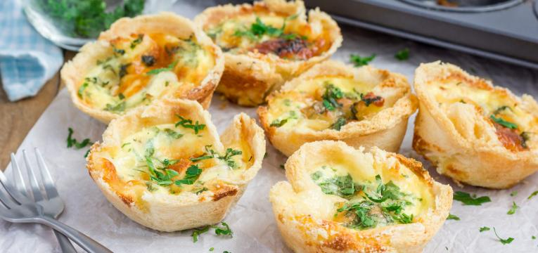 Mini-quiches light de salmao fumado