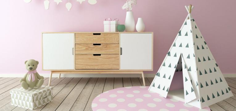decoracao simples e minimalista e quarto montessoriano