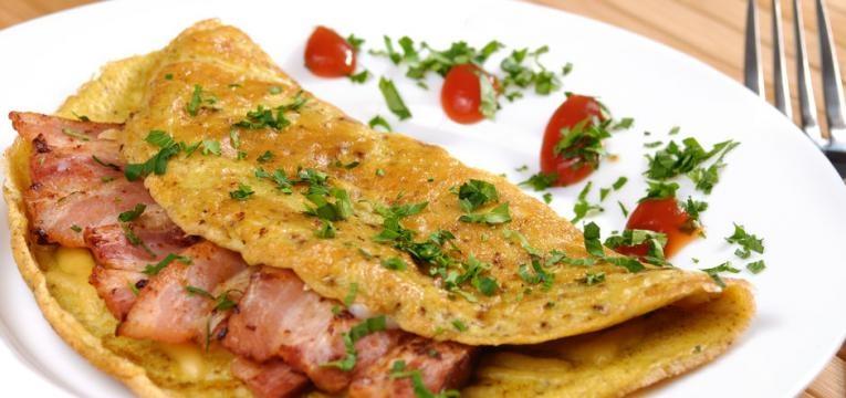 Omelete low carb de carne picada