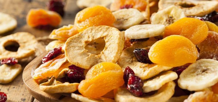 fruta desidratada variada