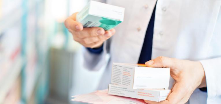guardar as caixas dos medicamentos
