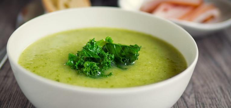 sopa fria de chicoria