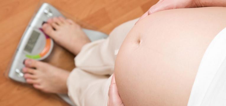 verificar peso na gravidez