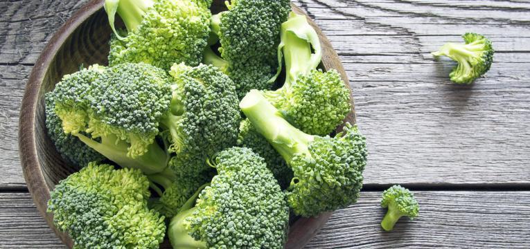 brócolos e crómio