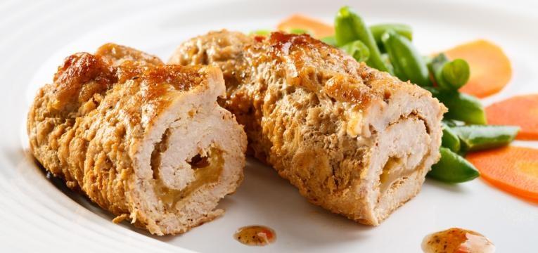 Rolo de frango com fiambre e queijo na Bimby
