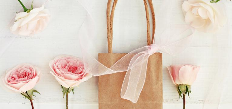 saco de compras personalizado em presentes feitos à mão para o dia da mãe