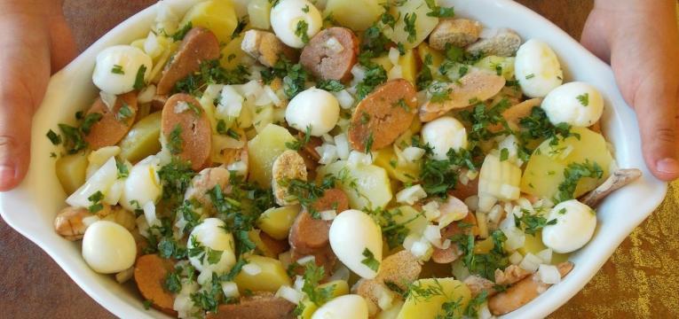 salada de ovas com batata