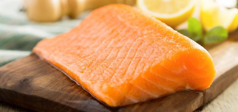 peixe gordo e alimentos para melhorar a concentracao