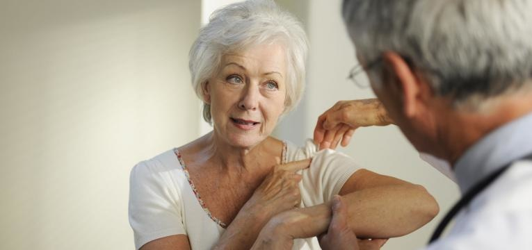 sintomas artrite