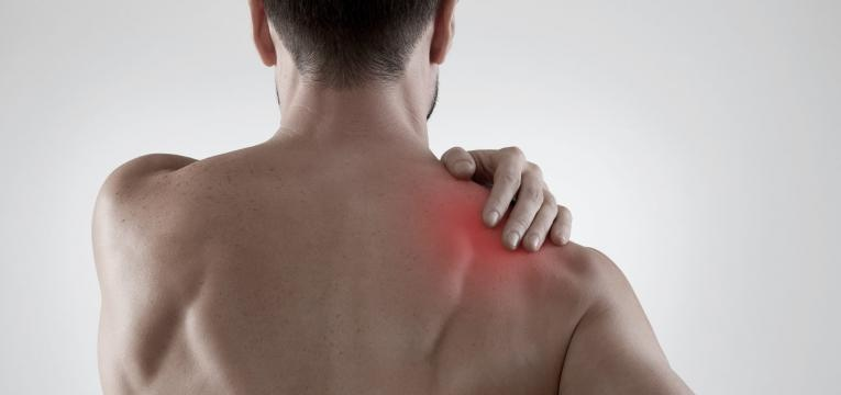 lesoes no ombro e problemas fisicos mais comuns de quem treina
