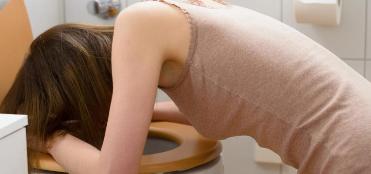 tentativa de expulsao do organismo e bulimia