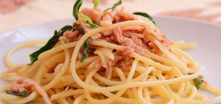 esparguete na bimby com molho de atum