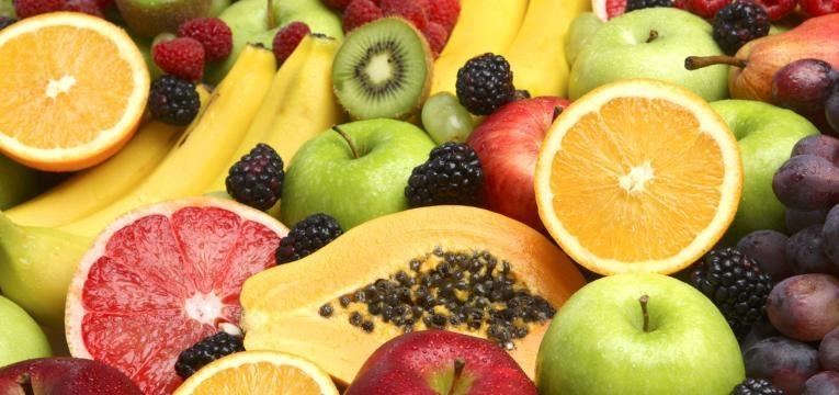 fruta variada em grande quantidade
