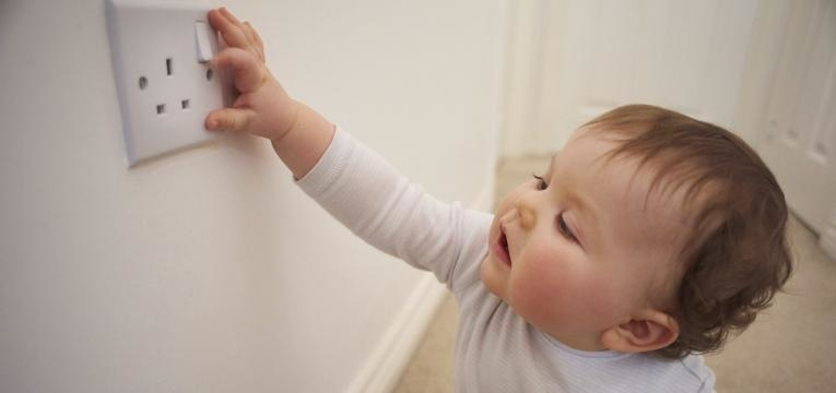 evitar tragedias em casa com os seus filhos 6 meses