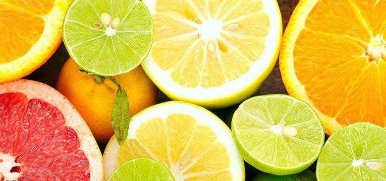 Frutos com vitamina C