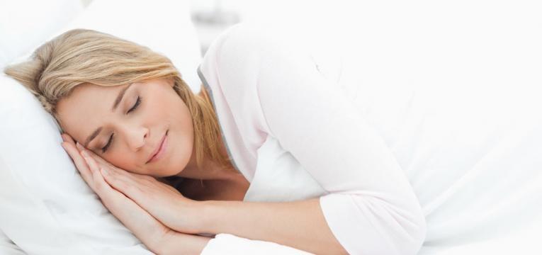 alimentos que nao deve comer antes de ir para a cama e sono tranquilo