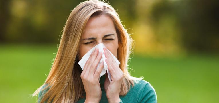 combate alergias e asma morangos
